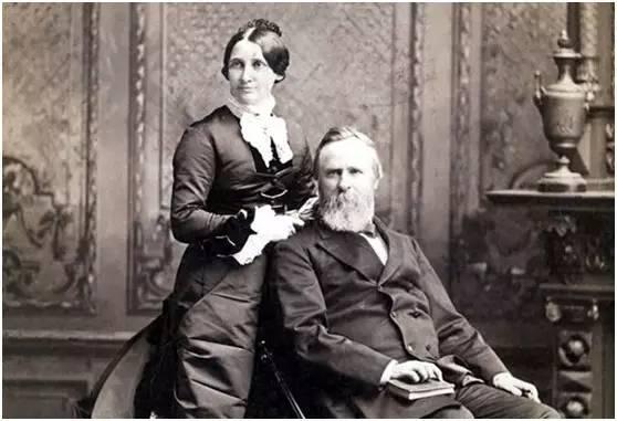 """禁酒的领导者是女性,他的夫人露西是历史上首次被称为""""第一夫人""""的人"""